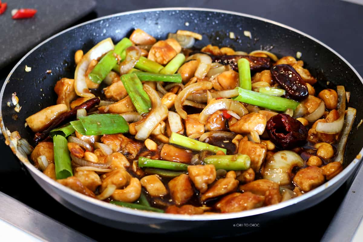Cashew Chicken Stir Fry in a flat pan